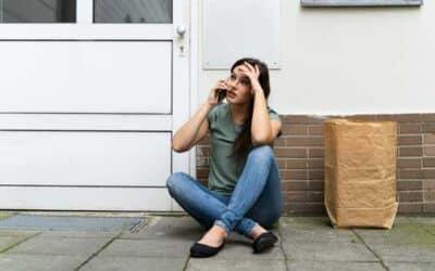 Porte d'entrée claquée ou verrouillée ? Pas de panique, voici toutes les clés pour rentrer chez vous !